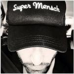 Super Mensch from Paris
